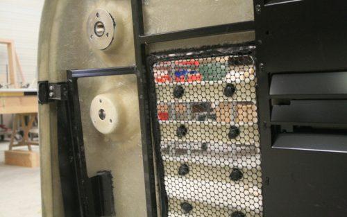 Détail pièce de bus avec inserts collés
