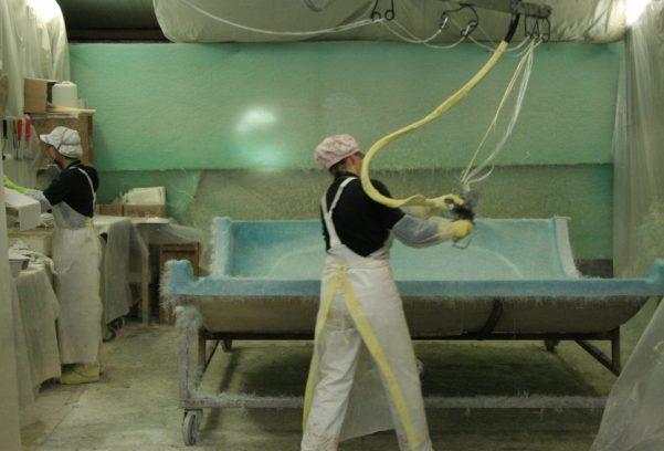 Moulage projection simultanée - peau supérieure capucine camping-car
